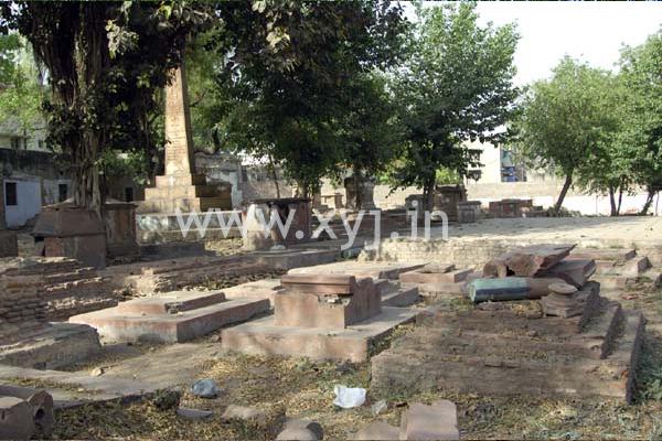 lothian cemetery delhi