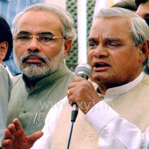 Modi with Atal Bihari Vajpayi