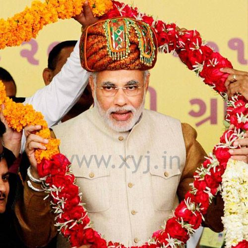 Narendra Modi Wearing Different Caps 16