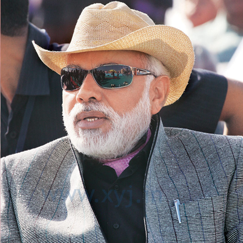 Narendra Modi Wearing Different Caps 23