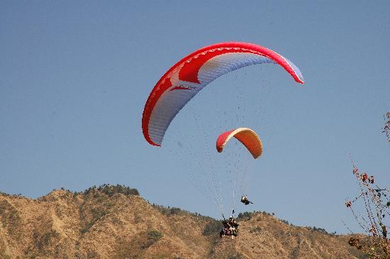 naukuchiatal paragliding pictures image