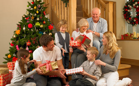 Best Personalized Christmas Gift Ideas for Grandparents