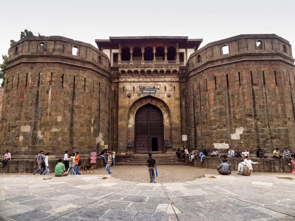 Shaniwar-Wada-Fort-Gate-Pune