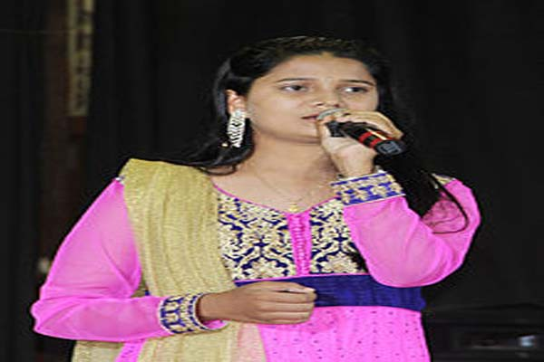 Sa Re Ga Ma,Season 2 Winner - Nobina Mirjankar Image