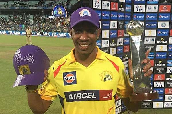 purple cap holder Dwayne Bravo
