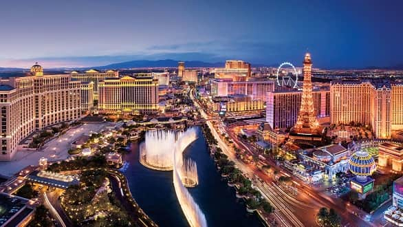 What are the top 3 things to do when in Vegas?